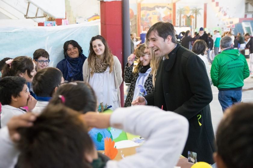 Exposición de las Escuelas por el Dia del Ambiente