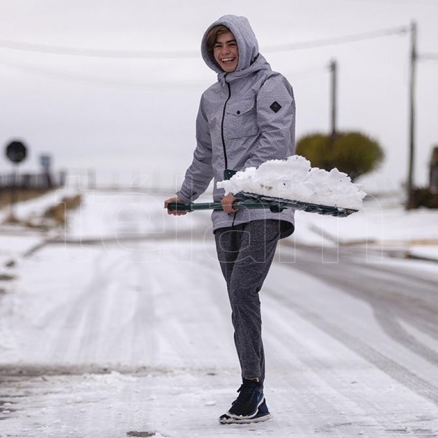 """Ola polar: una masa de aire """"muy frío"""" llega al país y habrá mínimas de hasta -3°C en la Provincia"""