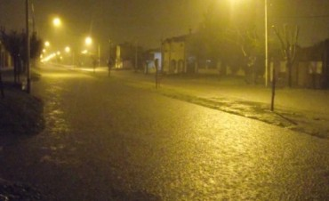 Ciudad de 9 de Julio: Las copiosas lluvias de esta madrugada han colapsado totalmente muchas calles de la ciudad