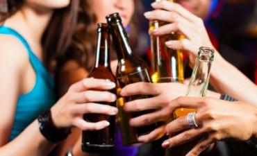 Consumo de alcohol: el 40% de los jóvenes argentinos cree que no genera dependencia...By Liliana Sangre educadora vial