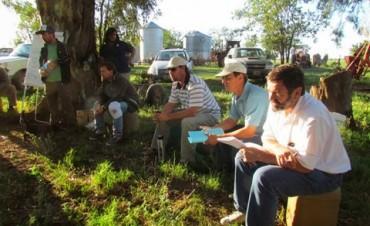 Dialogando con productores familiares