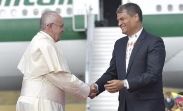 Rafael Correa quiere utilizar al Papa Francisco by Mary Anastasia O'Grady
