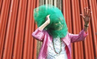 Las divertidas fotos de la mujer de 97 años que es un fenómeno de Instagram
