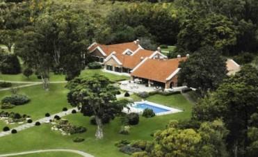 La estancia La Estrella, un resort que habría comprado Scioli imitando la pasión hotelera de los Kirchner by Alexis Di Capo