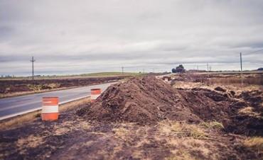 Se realizan obras de hidráulica pensando en los vecinos que transitan la ruta 65