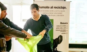 """Programa de reciclaje llamado """"Bolsa Verde"""""""