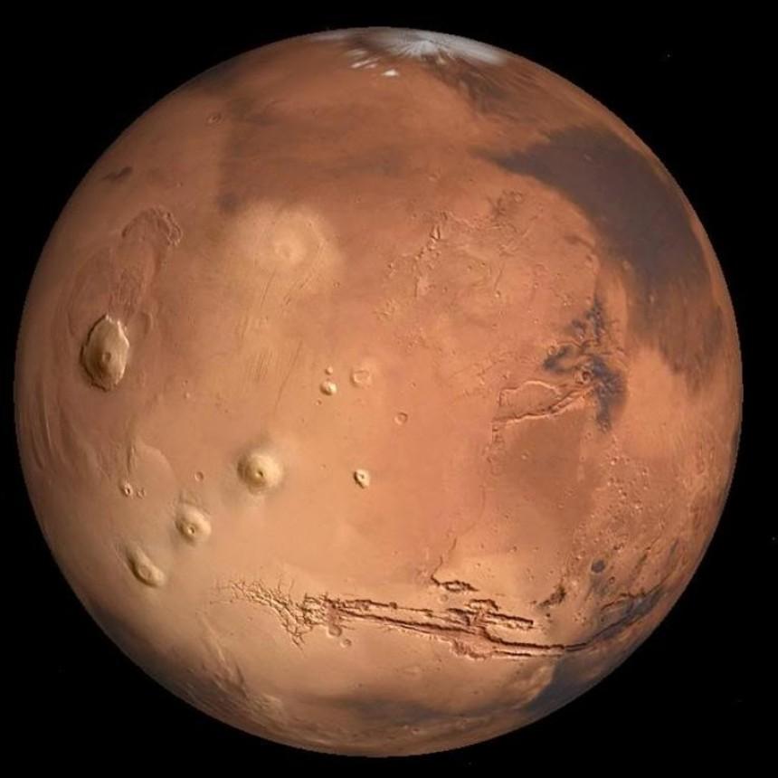 Histórico: Extraordinario acercamiento de Marte ocurrirá en simultáneo con un Eclipse Total de Luna