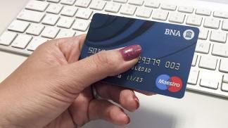 Crece el uso del débito pero cae el del crédito por la pandemia