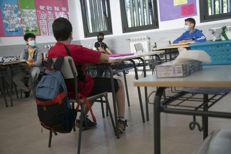 Alumnos de San Juan y Santiago del Estero vuelven al colegio