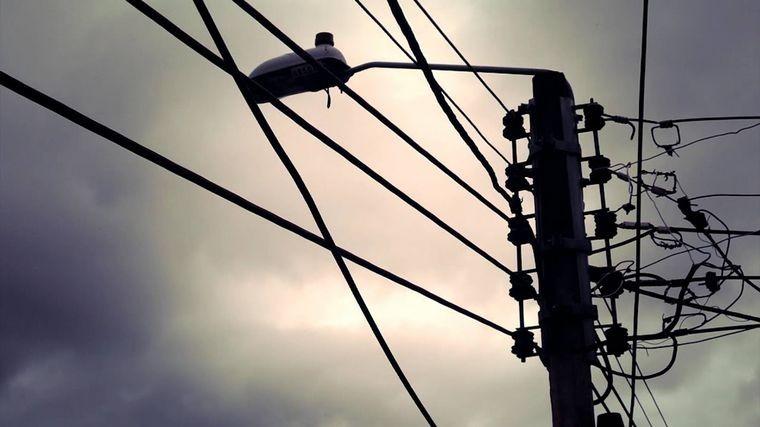 Vandalismo | Córdoba: crece el robo de cables y tapas de boca de tormenta