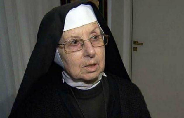 La hermana Inés pensó que los bolsos de López tenían comida