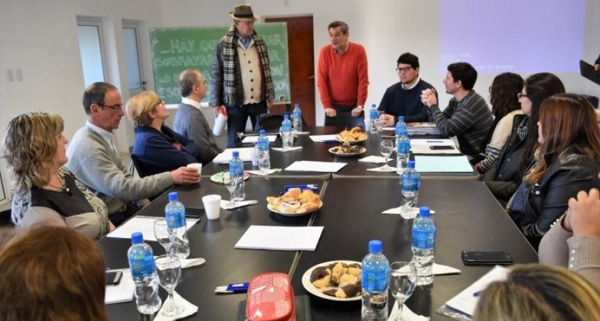 Se realizó una jornada de formación para jefes de compras de distritos del noroeste bonaerense. Asiste representación local