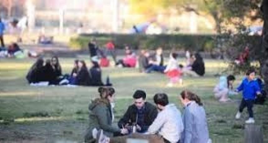 Coronavirus en la Argentina | La Provincia no habilitaría las reuniones de hasta 10 personas al aire libre