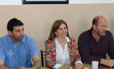 Viviana Guzzo llamò  a conferencia de prensa, despues de una reuniòn que se realizó este domingo