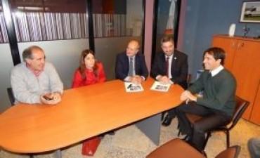 La Cooperativa Eléctrica de General Viamonte firmó un acuerdo con la Universidad del Noroeste para el desarrollo educativo
