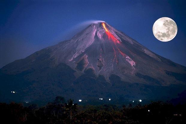 Descubren relación entre los grandes terremotos y la luna llena o nueva