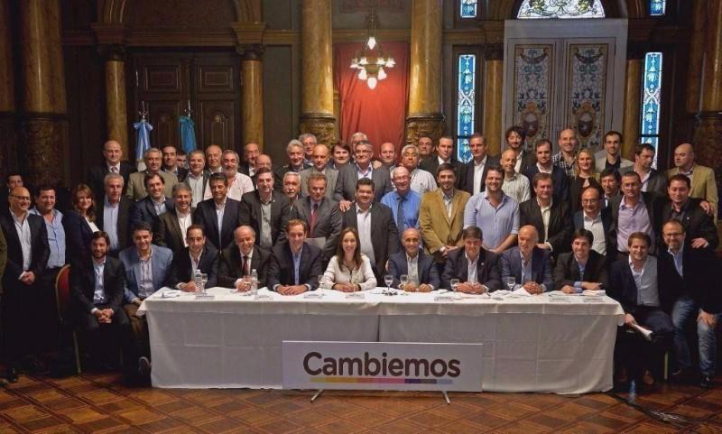 Vidal encabezará un foro de intendentes de Cambiemos. Asiste Franco Flexas