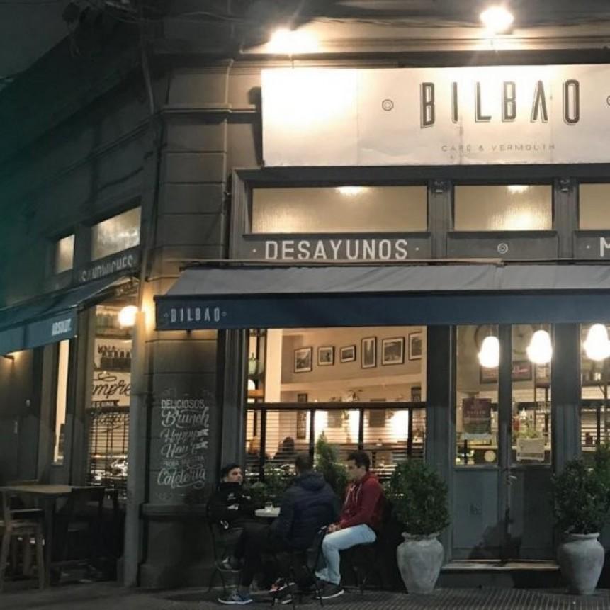 Malestar con las medidas | Un bar de Santa Fe prohibirá el ingreso de políticos