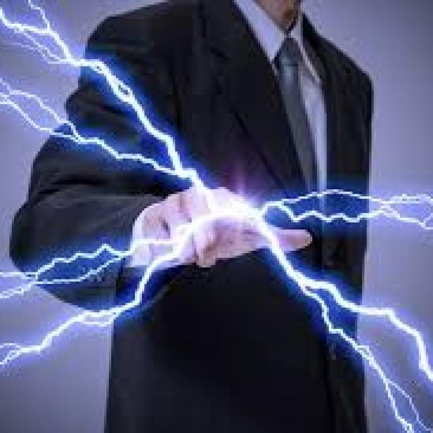 """¿Por qué algunas personas están """"cargadas"""" y dan """"patadas eléctricas"""