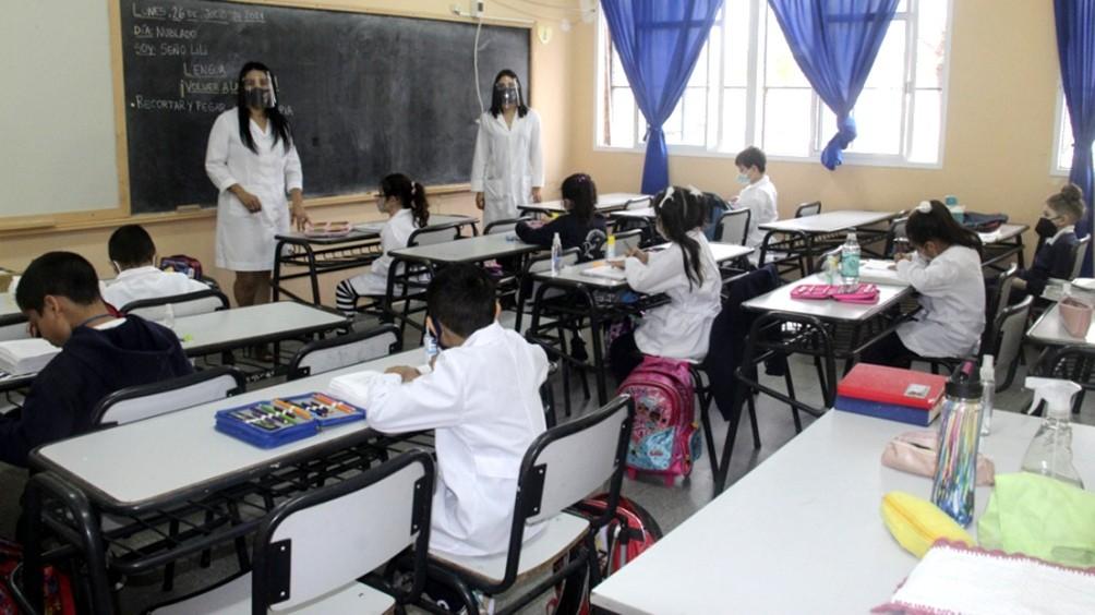 Se intensifica el regreso a la presencialidad en las escuelas en todo el país