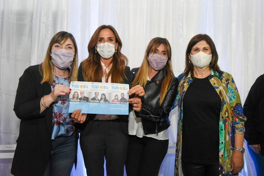 LOS TOLDOS | Nos visitó la precandidata a Diputada Nacional Victoria Tolosa Paz