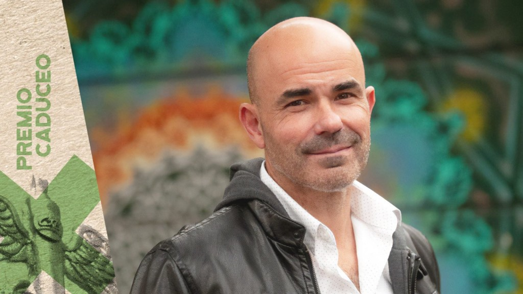 PREMIO CADUCEO | Eduardo Sacheri recibirá el premio al Comunicador Bonaerense 2021
