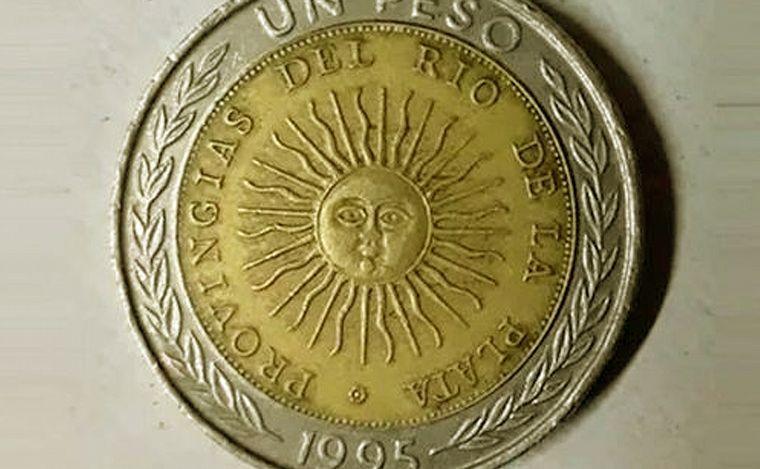 Insólito | ¿Cuánto pagan por las monedas de un peso con fallas?