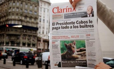 La Cámpora distribuyó una parodia de Clarín para atacar a los presidenciables