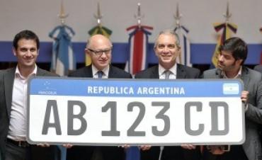 A partir del año 2016 los autos llevaran patentes del Mercosur, segùn se ha informado