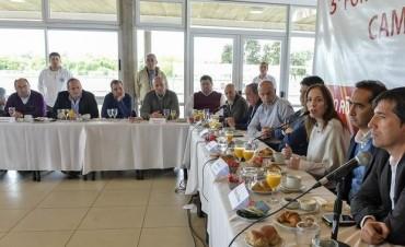 Intendentes del oficialismo, con pedidos de financiamiento a Vidal