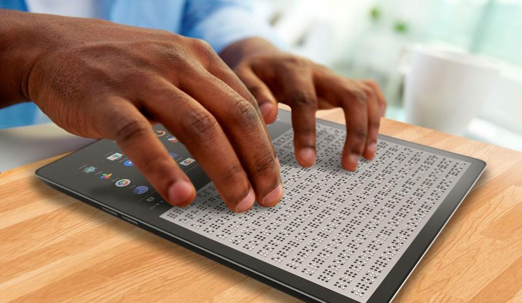 Blitab, la tablet que traduce internet al braille