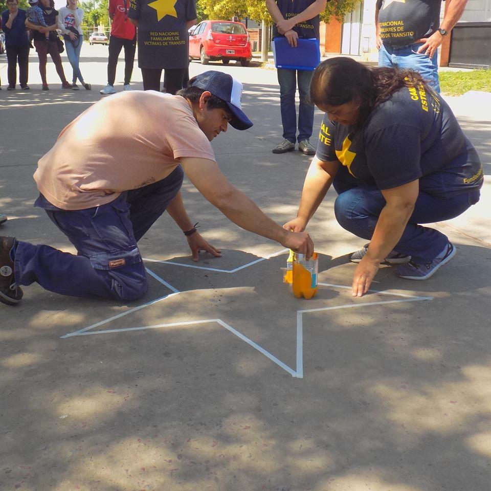 El Grupo Estrellas Amarillas Los Toldos pintó la primera