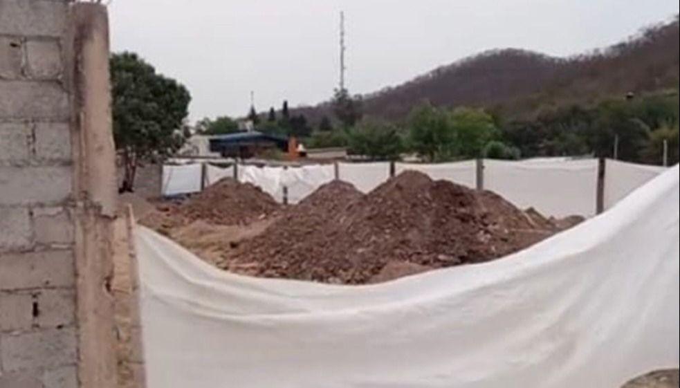 En Salta, colapsó un cementerio y un municipio ocupó un predio para enterrar muertos por Covid
