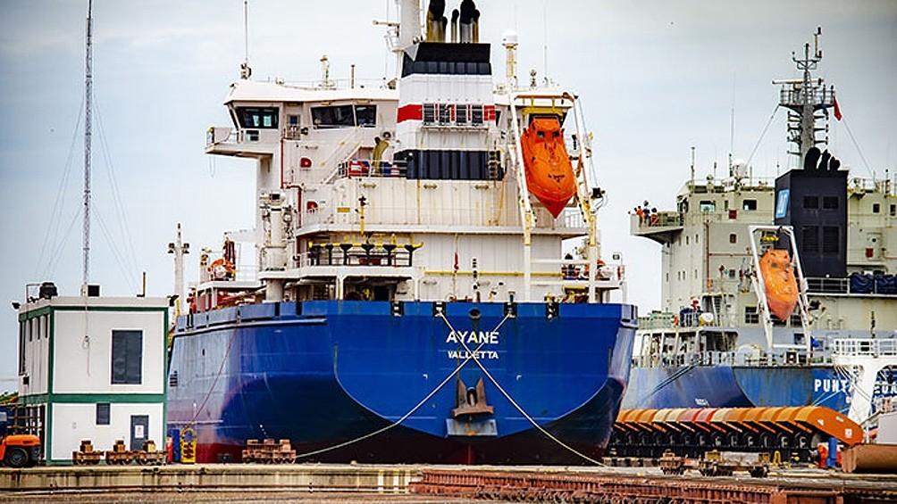 Un marino mató en un presunto brote psicótico al capitán y al primer oficial de un buque petrolero