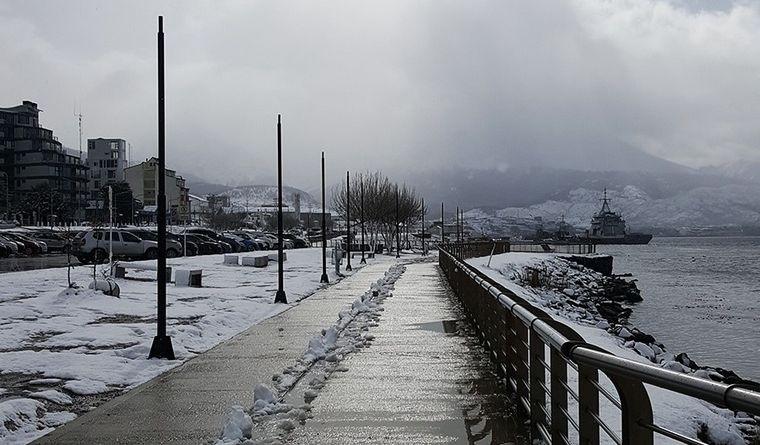 Inesperado fenómeno  | Una nevada cubre de blanco a Ushuaia en plena primavera