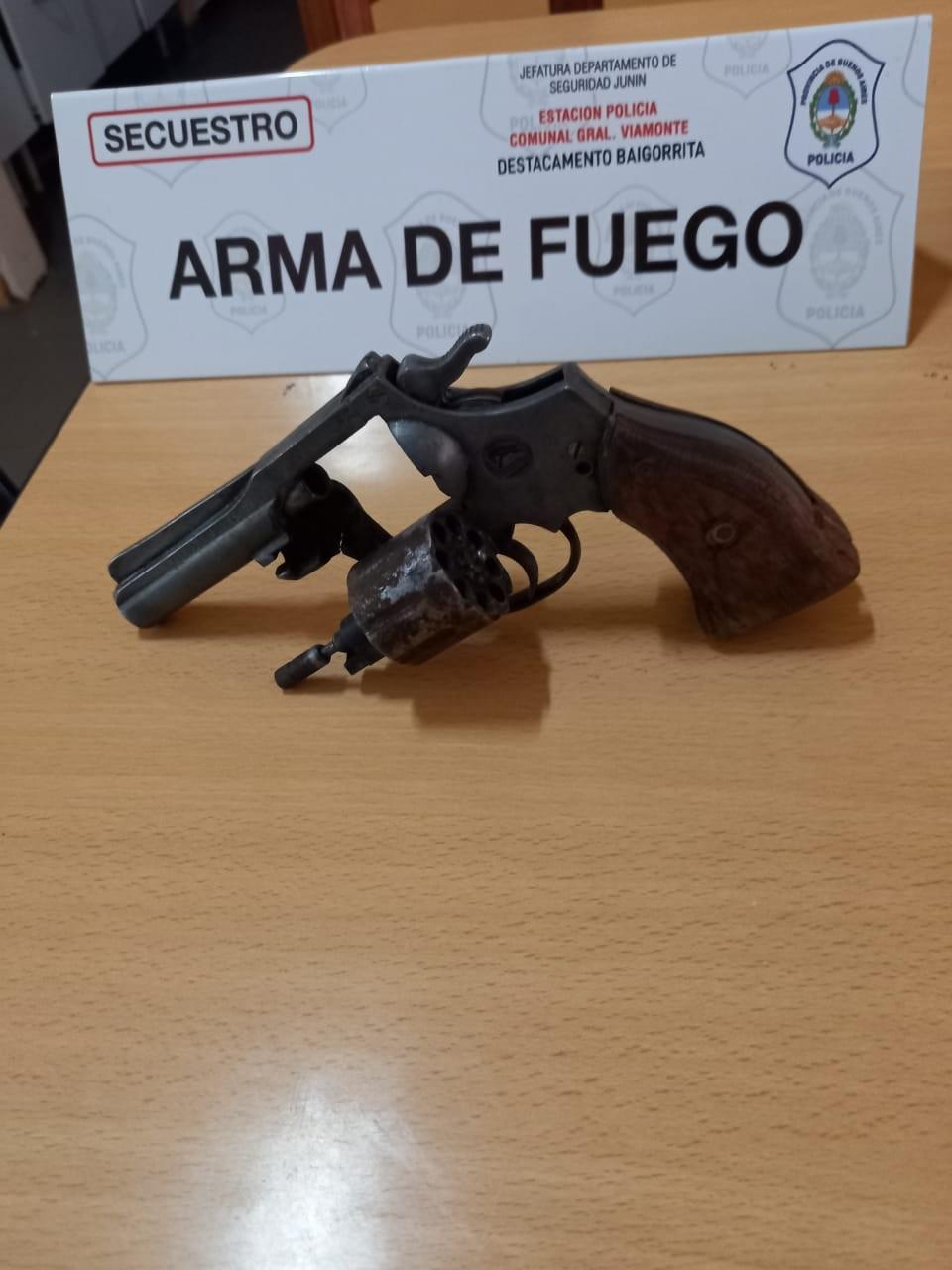 BAIGORRITA | Se llevaron a cabo tres allanamientos en la localidad