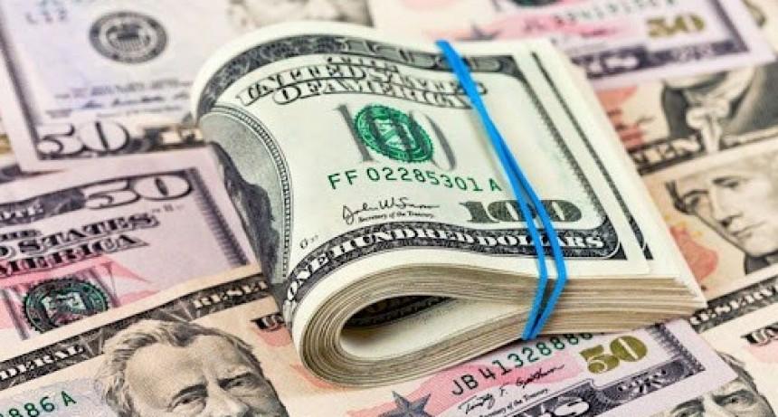 Estiman que el dólar seguirá subiendo en los próximos meses