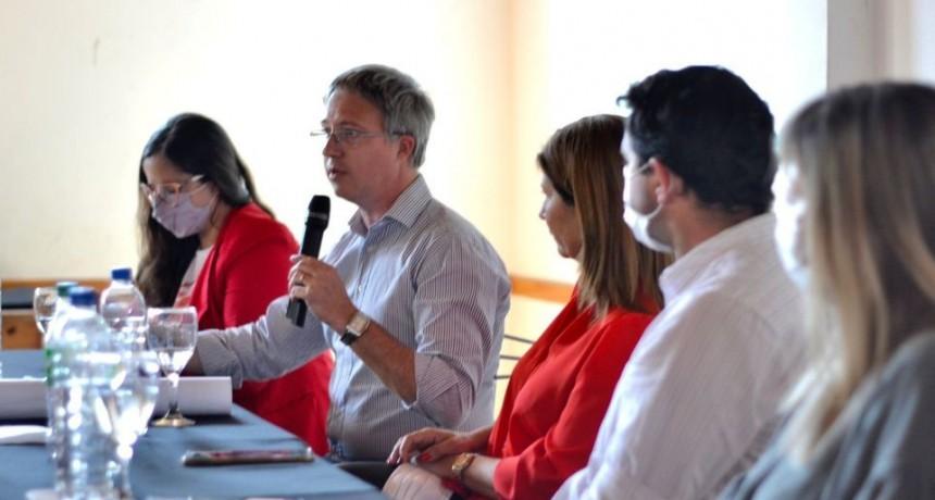 BAIGORRITA |  Provincia presentó el proyecto de cloacas ante vecinos del pueblo