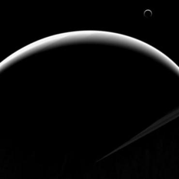 Revelan impactante imagen de Saturno y su luna Titán