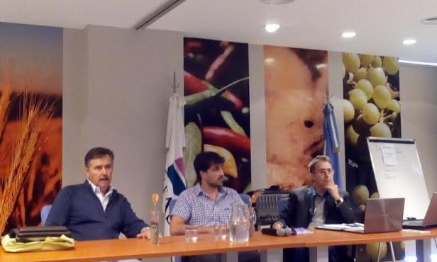 Primera jornada internacional sobre enfermedades porcinas y bioseguridad en granjas en Chivilcoy