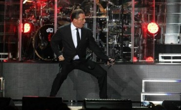 Luis Miguel cantó 15 minutos y suspendió un show en México