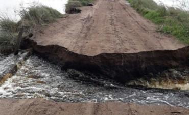Se cortó el camino Real que une ruta 65 con Escuela Salesiana Del Valle