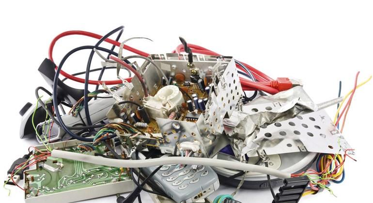 ¿Tenés que sacar de casa residuos electrónicos o reciclables?