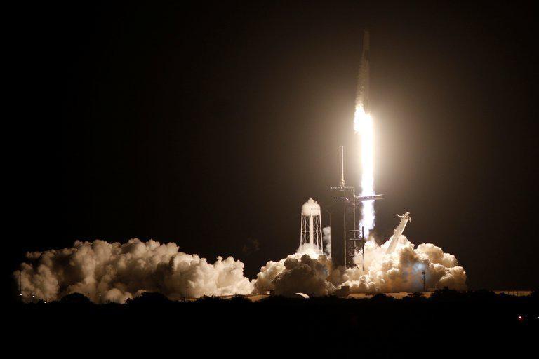 Hacia la Estación Espacial | NASA y SpaceX lanzaron con éxito la nueva misión tripulada