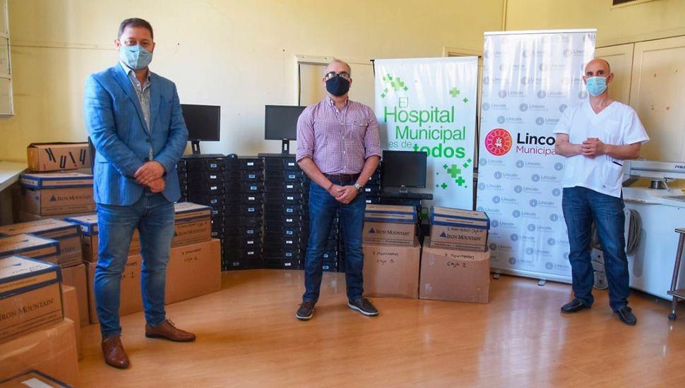 LINCOLN |  El Municipio recibió la donación de 80 computadoras para el área de Salud