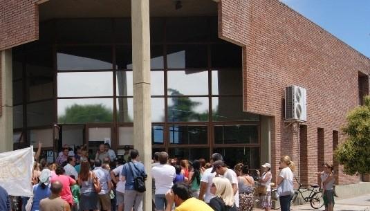9 de Julio: Autoconvocados marcharon por los cortes de luz y agua