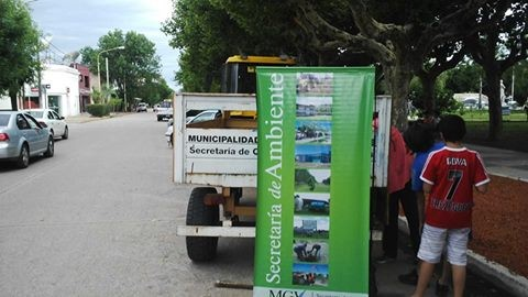 """Plaza Rivadavia: """"Trae tus reciclables y aprende a separar""""."""