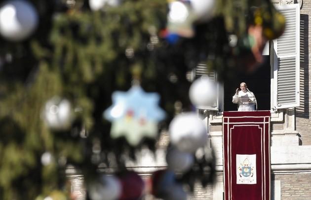 Mensaje de Navidad: el Papa pidió por la paz en el mundo
