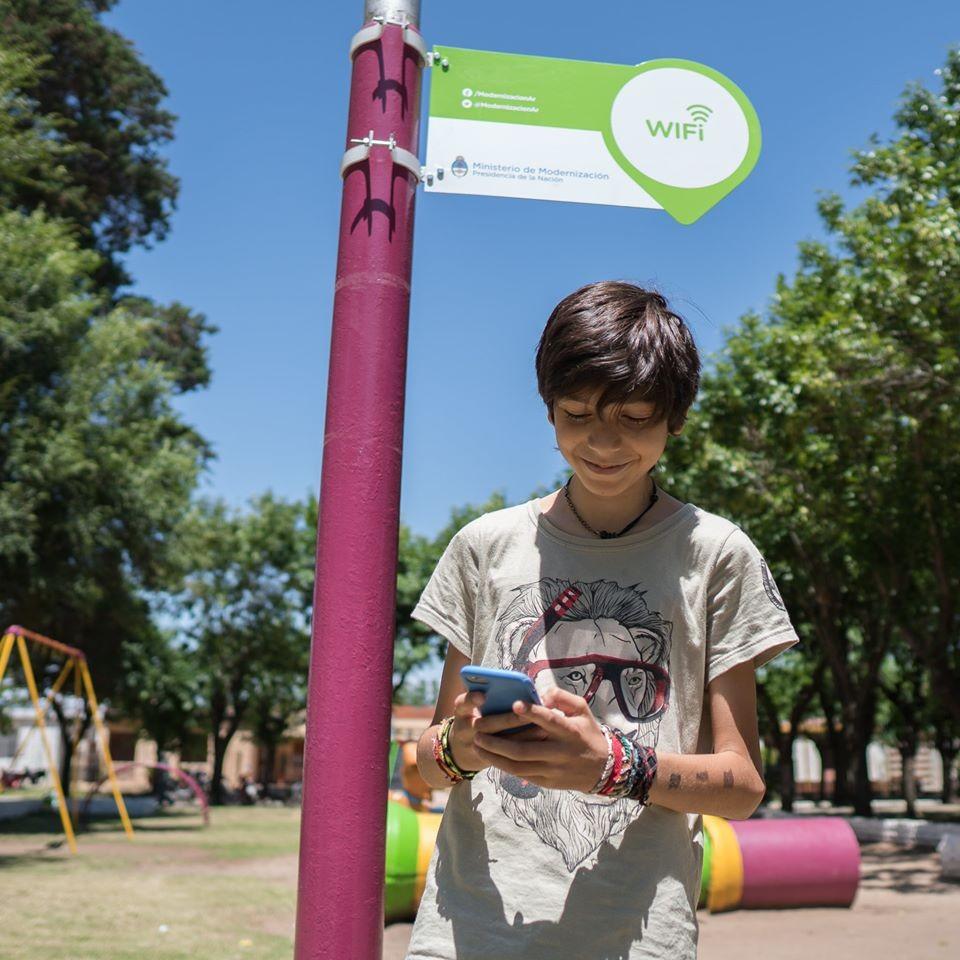 Wifi en la plaza Domingo Faustino Sarmiento
