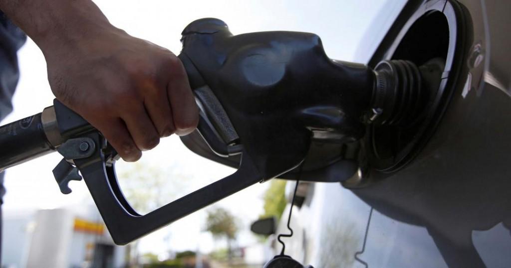 YPF suspendió el aumento del 5% de los combustibles